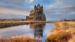 Whitby - Ξενοδοχεία στο Whitby Abbey